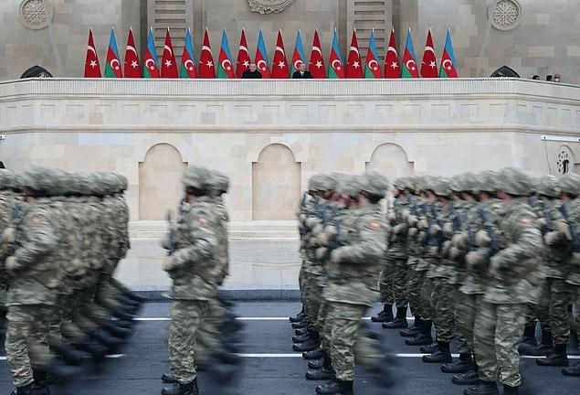 'Türkiye ve Azerbaycan sırt sırta verdikleri sürece zorlukları aşmaya, başarıdan başarıya koşmaya devam edecektir'